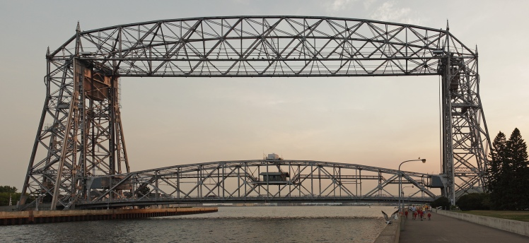 Aerial_lift_bridge_duluth_mn