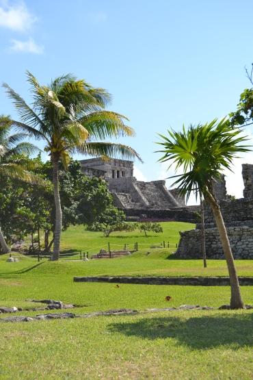 Pyramid El Castillo - Tulum, Mexico